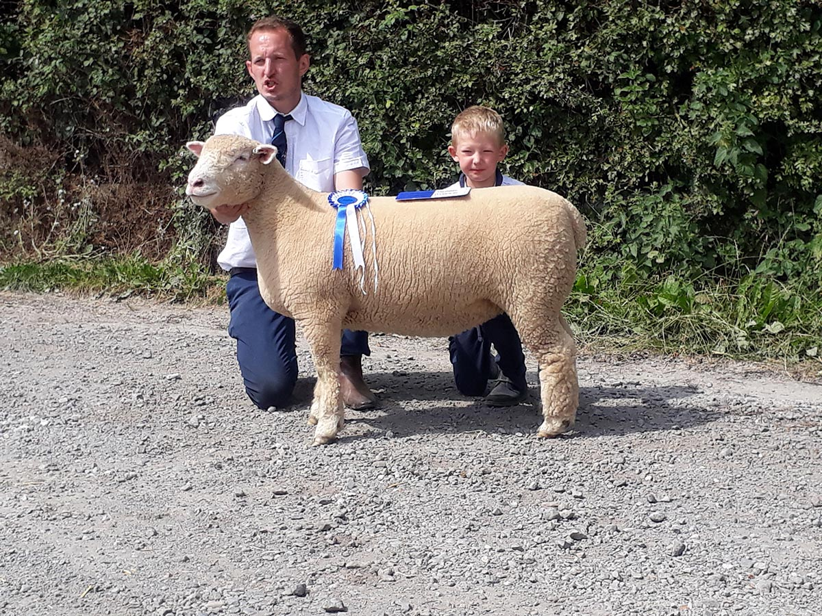 David Lewis and son, Jake, with the Reserve Champion (Ewe Lamb)