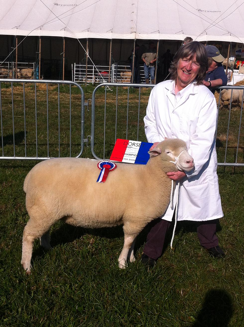 Sue Elsworth with the Overall Champion, Wool on the Hoof